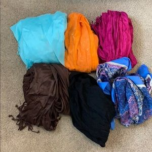 Bundle of scarves!